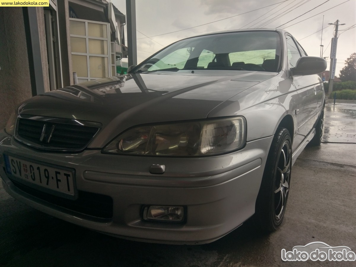 Honda Accord 2.0i v-tec