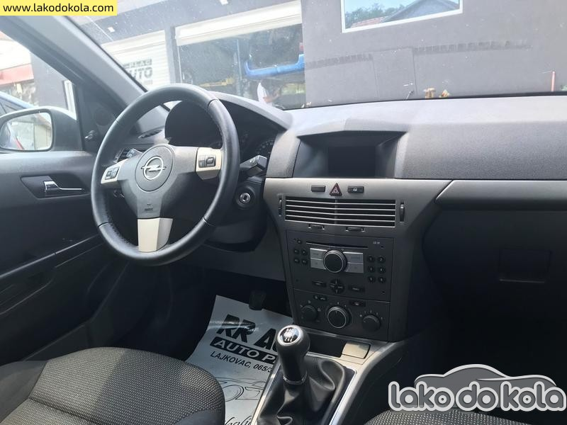 Opel Astra H Astra H 1.9CDTI T O P