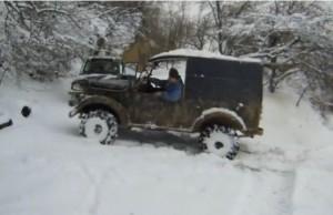GAZ 69 i UAZ-469 (VIDEO)