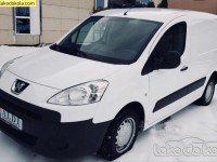 Polovno lako dostavno vozilo - Peugeot partner 1.6 Hdi Maxi