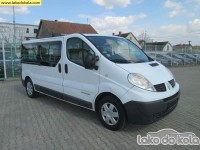 Polovno lako dostavno vozilo - Renault trafic 2.0 dci Passenger